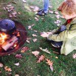 popcorn bakken boven eigen vuur bushcraft zomerkamp